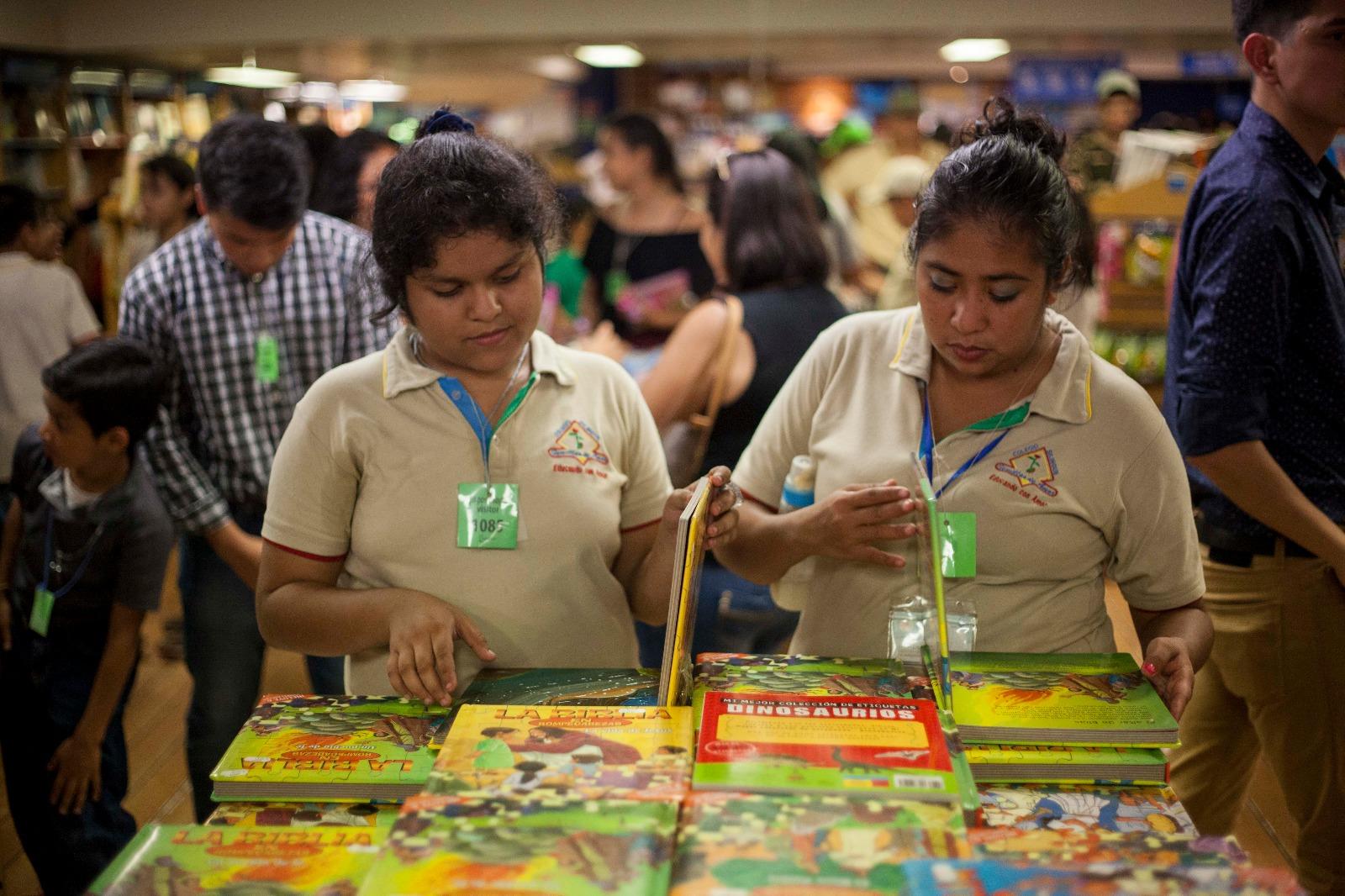 Más De 85 Mil Personas Visitan El Buque LOGOS HOPE